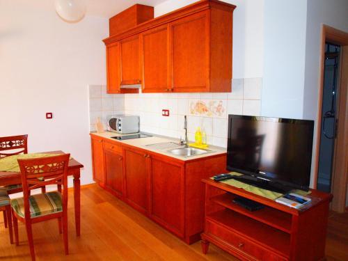 A kitchen or kitchenette at Villa Armin