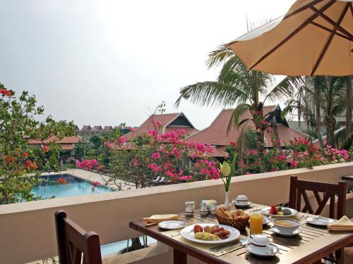 Royal Residence by Royal Angkor Resort & Spa