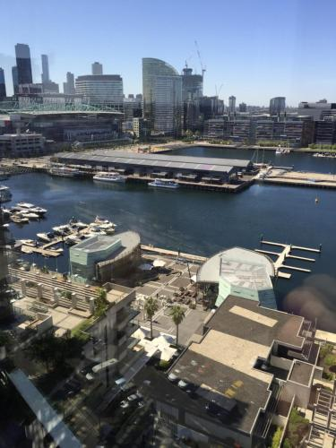 A bird's-eye view of Dockland View Apartment