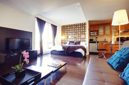Le 1009 Bleury Apartments by CorporateStays
