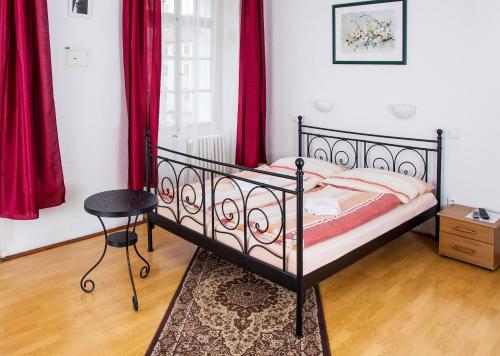Charles Bridge Bed And Breakfast