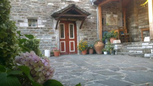 Dias Guesthouse - Mikro Papigo Greece
