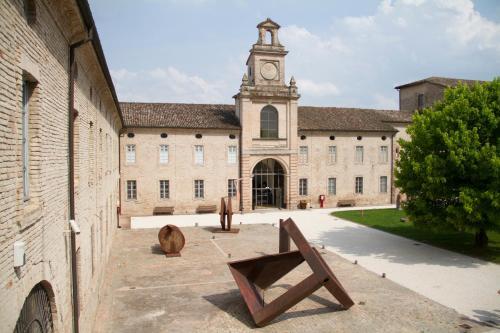 瓦爾薩雷納修道院羅坎達賓館- CSAC