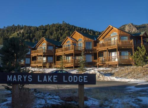 Mary's Lake Lodge