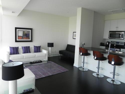 Pathway Luxury Suites