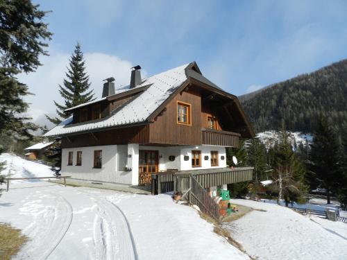 L'établissement Haus Franz by ISA AGENTUR en hiver