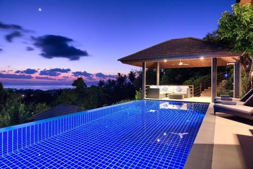 Sunset Heights - Multi Level Seaview Villa