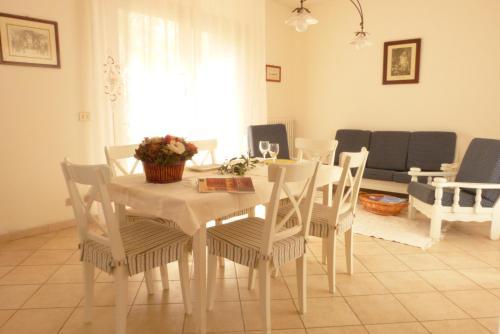 Apartment In Chianti