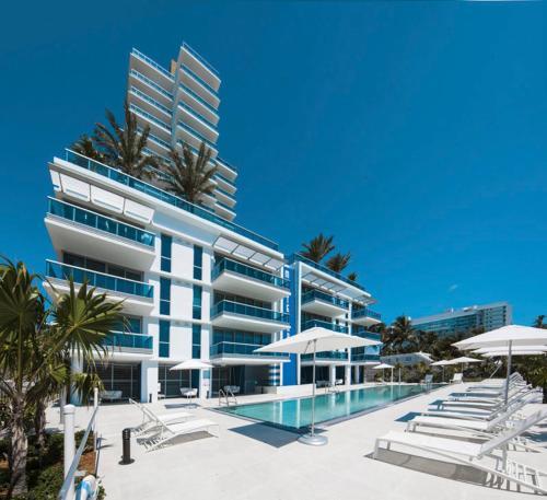 Condo Hotel Modern Geometry at Monte Carlo, Miami Beach, FL ...