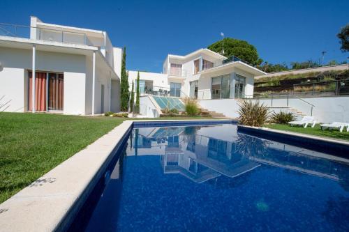 Extravagance Villa
