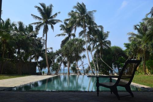 Villa Saffron Hikkaduwa