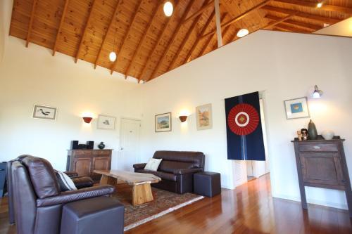 Artist Cottage Ogishi Craft Centre