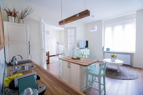 A kitchen or kitchenette at A29 Várnegyed