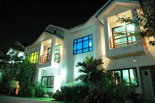 Chayada Garden House and Resort
