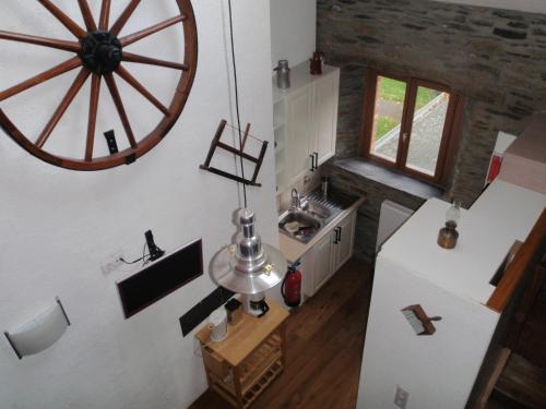 Cuisine ou kitchenette dans l'établissement La Grange du Bout du Chemin