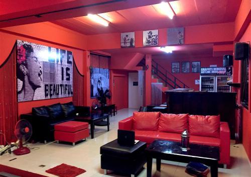Red Boutique Hostel