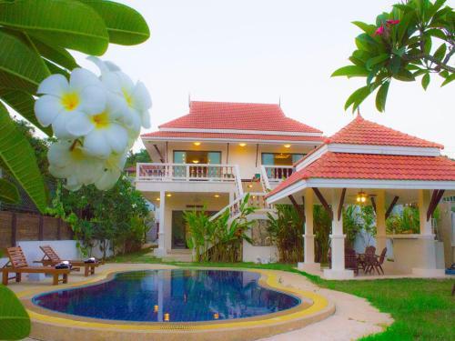Diamond Pool Villa