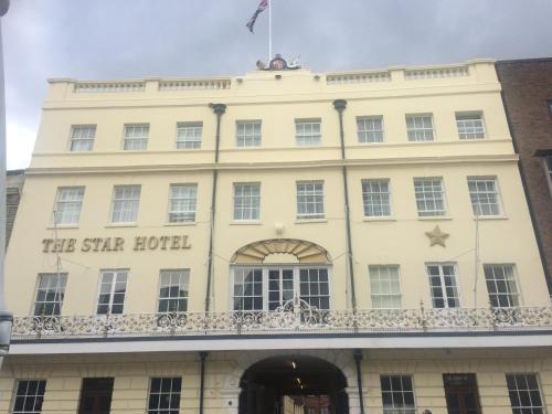더 스타 호텔