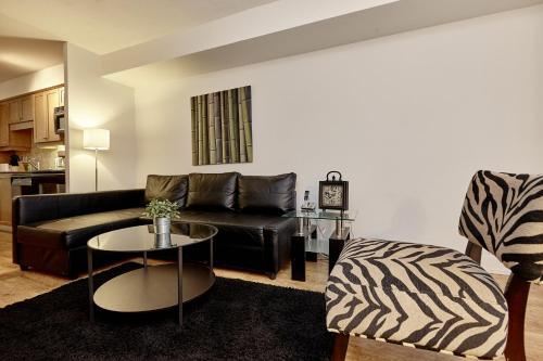 Atlas Suites Furnished Apartments- Rogers Center, Downtown Toronto