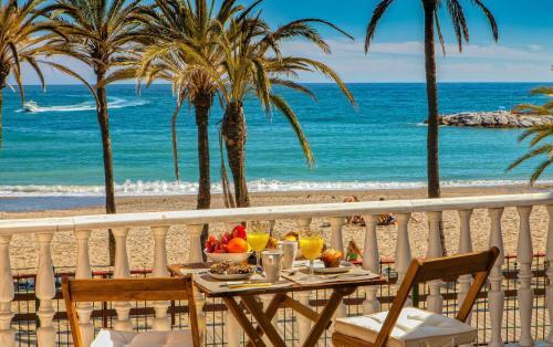 Apartahoteles en marbella aparthoteles en for Apartahoteles familiares playa