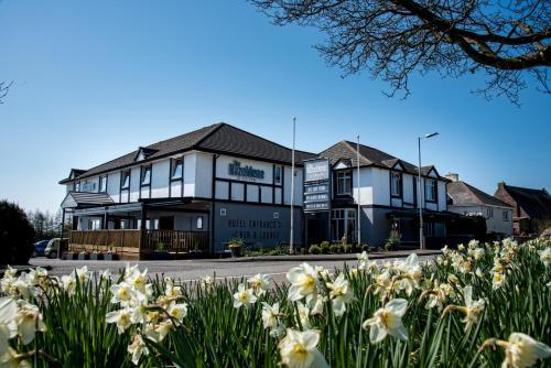 Hazeldene Hotel