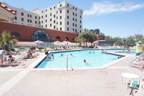 Design Suites Hollywood Beach Resort