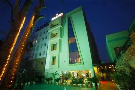The Grand Hotel Bizzotel