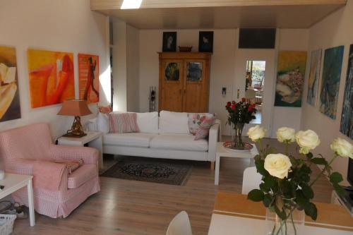 Drei-Zimmer Traum-Atelierdachwohnung