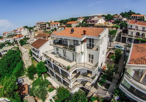 Apartments Cejovic