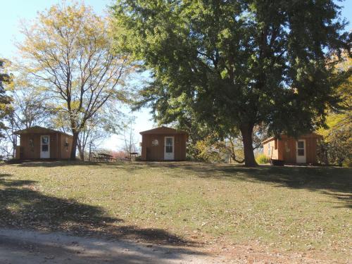 O'Connell's Yogi Bear Studio Cabin 6