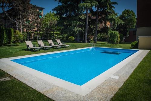 Corvetto Residence Porto Di Mare