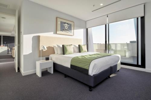 A room at 381 Cremorne
