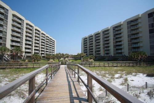 Mainsail Condominiums #332