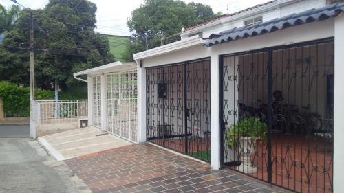 Habitaciones en casas particulares en for Villa jardin piedecuesta