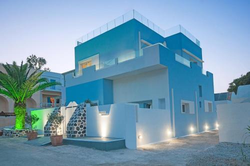 Blue Dream - Santorini