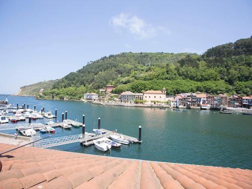 Villa Harbour by People Rentals