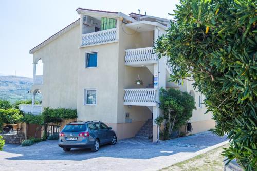 Apartments Toro