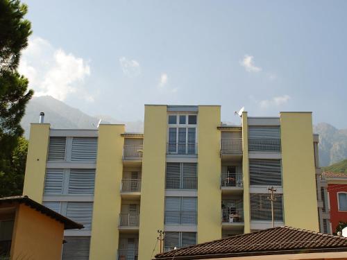 瑪麗亞·克里斯蒂娜布里薩戈公寓