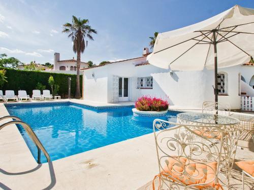Holiday home Garbi L'Ametlla de Mar