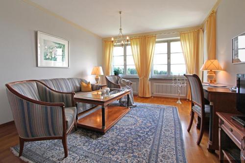 Gästehaus Schloss Kronburg (Deutschland Kronburg) - Booking.com