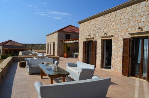 Villa Blu - Ftenagia Beach Greece