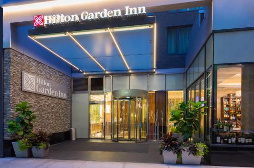 Hilton Garden Inn Central Park South
