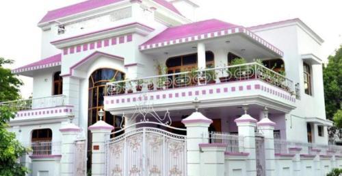 Riya Palace