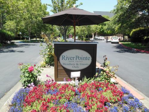 RiverPointe Napa Valley Resort