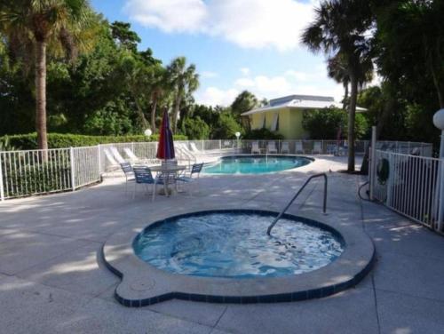 Beach Castle Resort 9