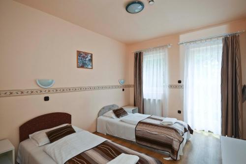 Hotel Rubinia & Panzió