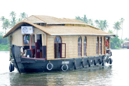 Indeevaram House Boat Three
