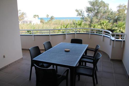 A balcony or terrace at Las Olas Denia