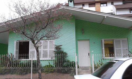 Casa Rua Padre Carmene