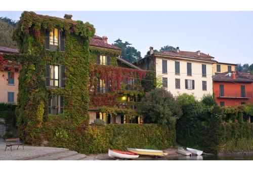Pescallo Apartments